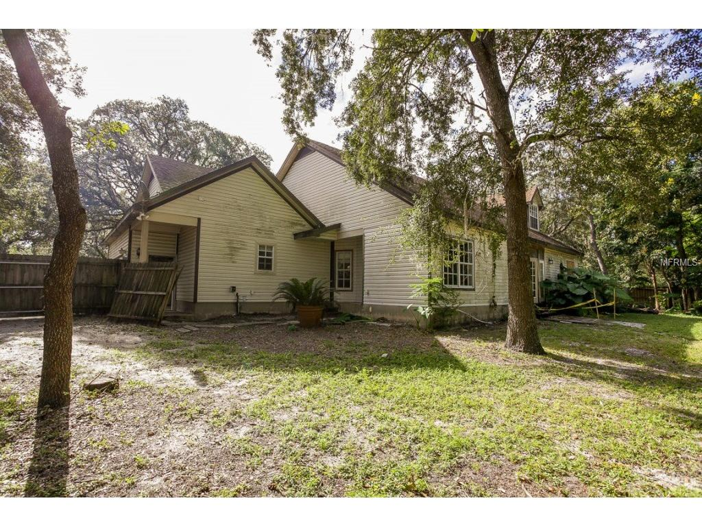 9631 Lakeview Drive, New Port Richey, FL 34654