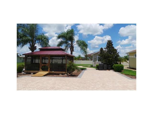 407 Motorcoach Dr S, Polk City, FL 33868