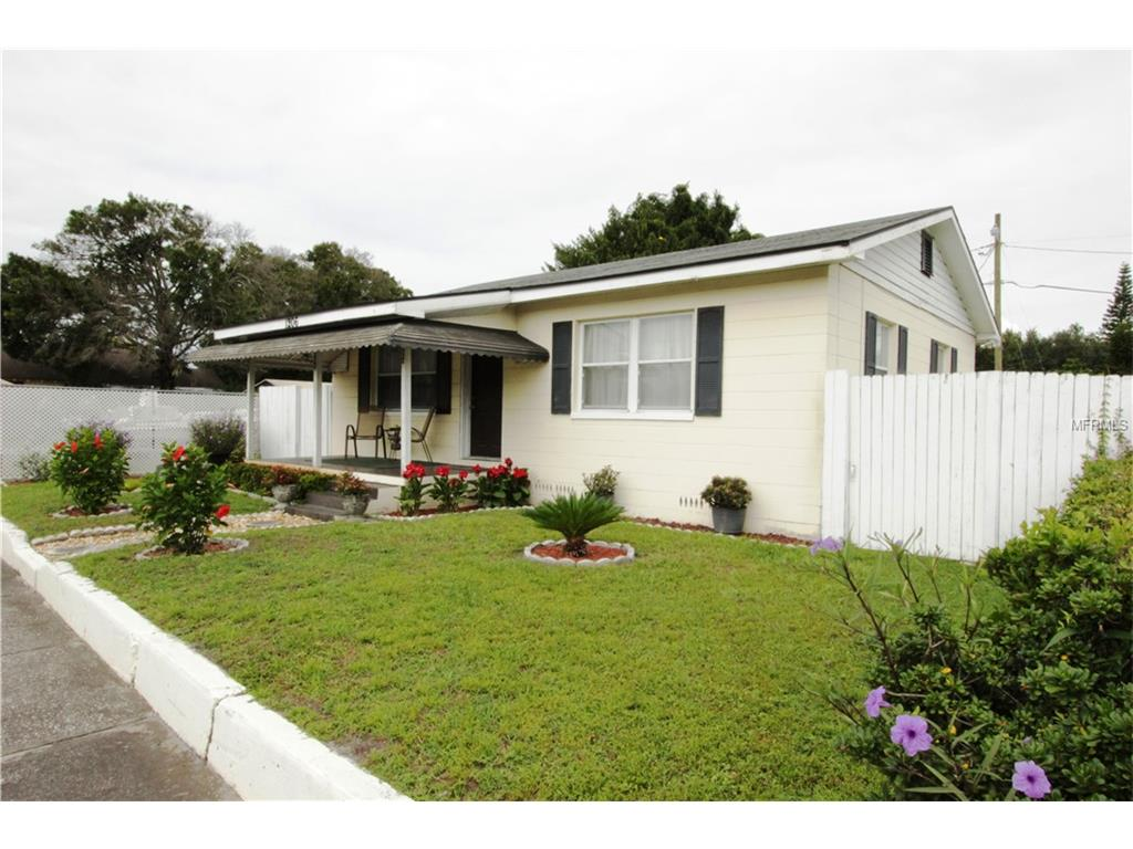 1206 E Canal Street, Mulberry, FL 33860
