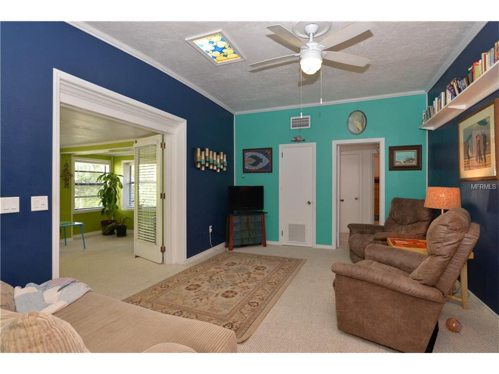 530 San Juan Boulevard, Orlando, FL 32807