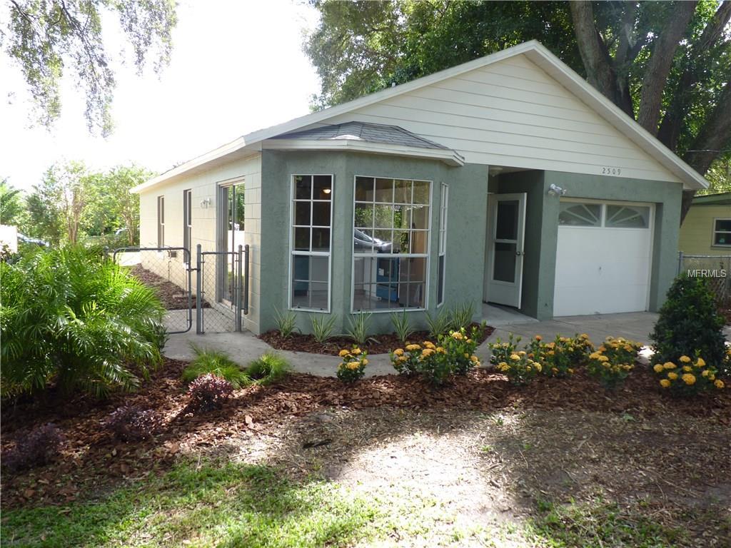 2509 Lake Wade Court, Orlando, FL 32806