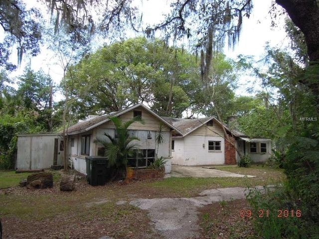 37321 New York Ave, Umatilla, FL 32784