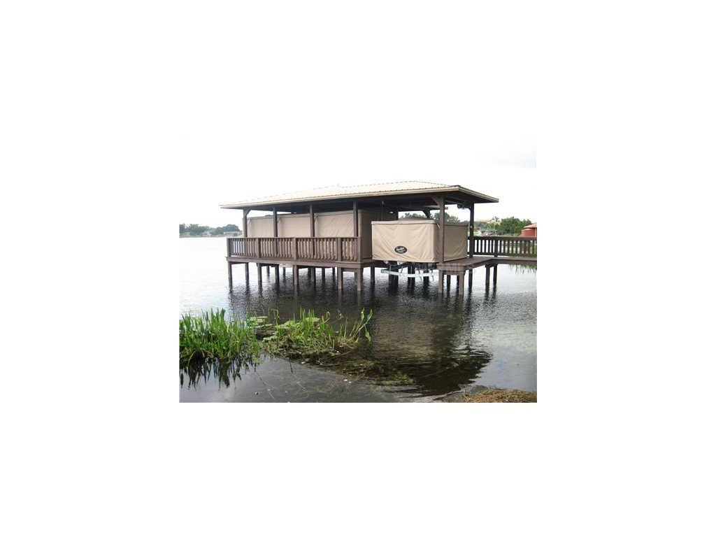 Mclean Pointe Court, Winter Haven, FL 33884