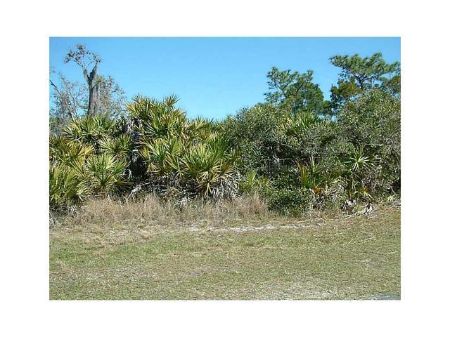 902 Orchid Dr, Indian Lake Estates, FL 33855