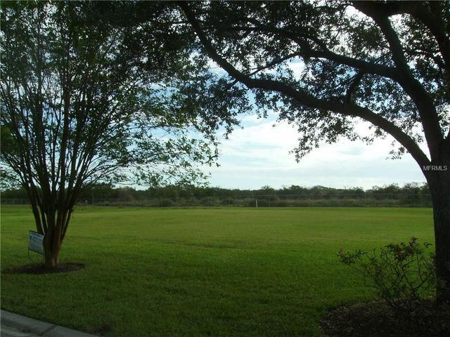 1801 Woodpointe Dr, Winter Haven, FL 33884