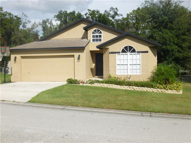 2262 Garden Chase Dr, Lakeland, FL