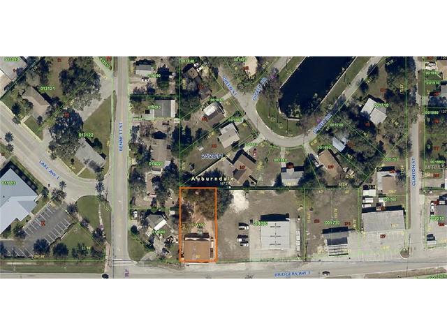 233 Bennett St, Auburndale, FL 33823