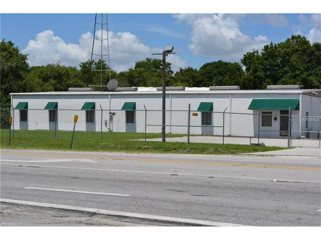 1453 42nd St NW, Auburndale, FL 33823
