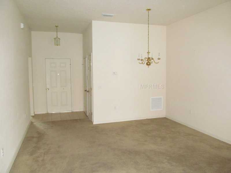 307 Erie Ct Kissimmee, FL 34759