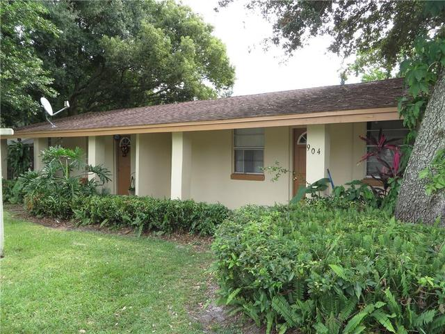 904 W Cherry St, Kissimmee, FL 34741