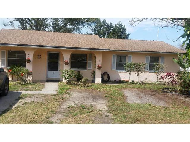 416 5th St S, Dundee, FL 33838