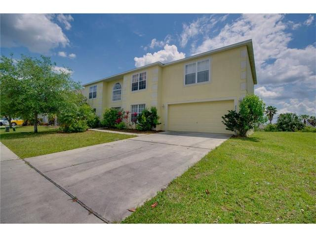 2351 Walnut Canyon Dr, Kissimmee, FL