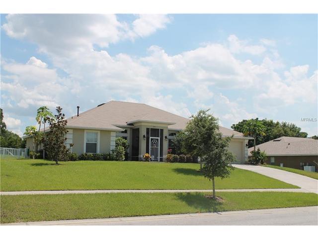 1545 Blue Sky Blvd, Haines City, FL 33844