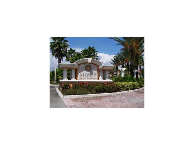 5467 Vineland Rd #6201, Orlando, FL 32811