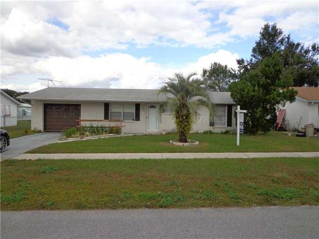 39431 9th Ave, Zephyrhills, FL