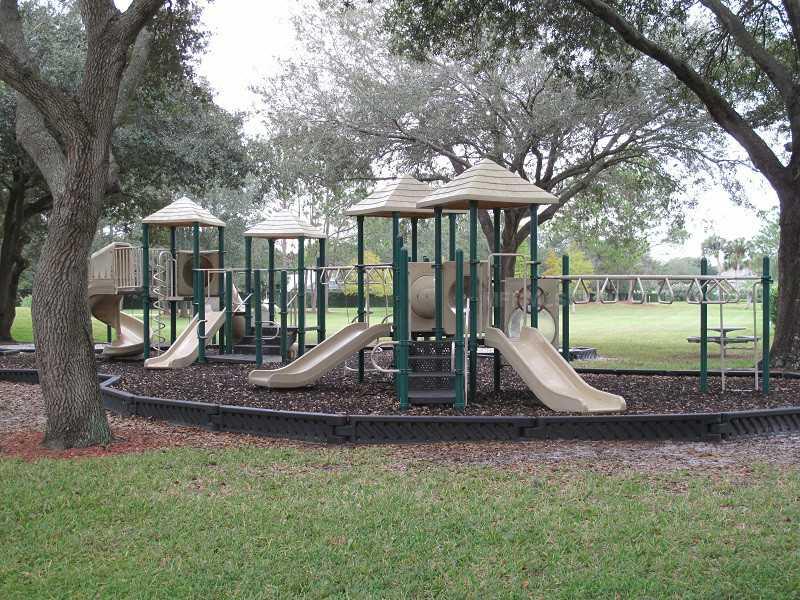 14808 Saint Ives Pl, Tampa FL 33624