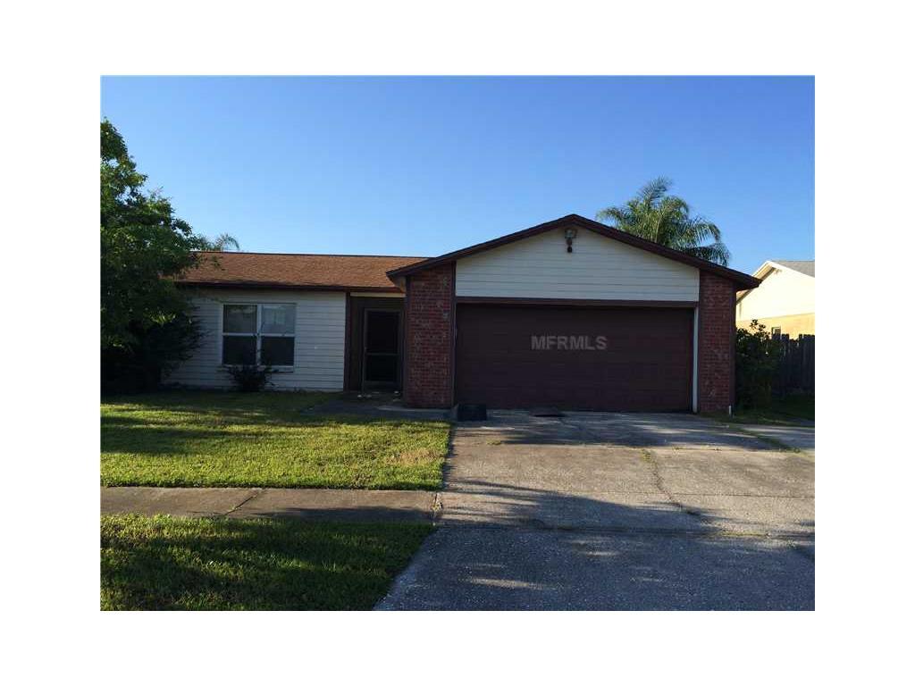 1420 Foxboro Dr, Brandon, FL