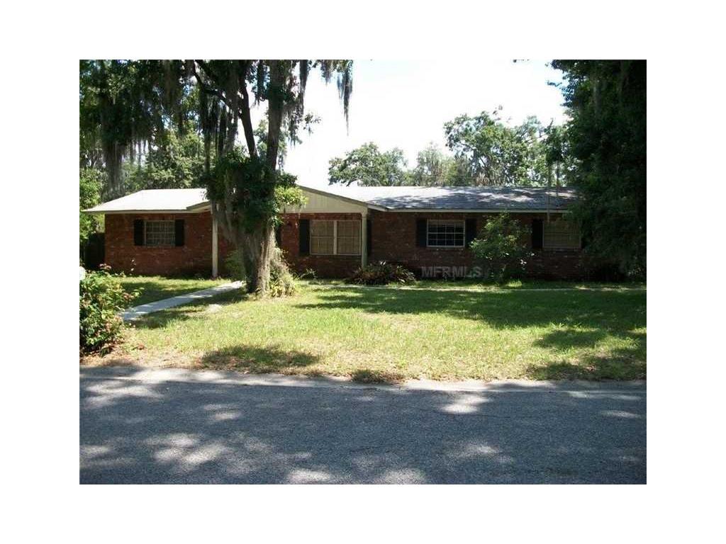 2716 Charleston Dr, Plant City, FL