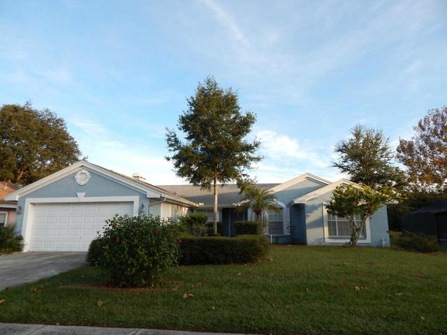 10406 Ashley Oaks Dr, Riverview, FL 33578