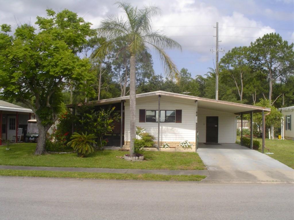 5507 Antigua Dr, Zephyrhills, FL 33541