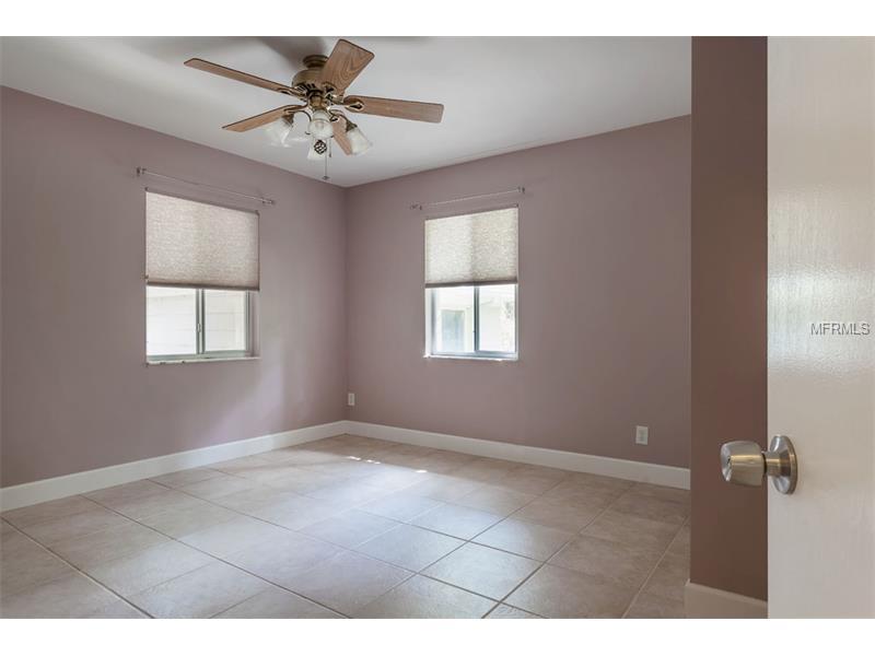 1710 E Crawford Cir, Tampa FL 33610