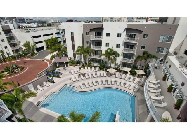 1226 E Cumberland Ave, Tampa, FL 33602