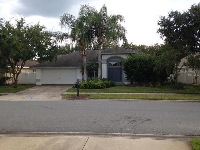 18310 Oriole St, Lutz, FL 33558