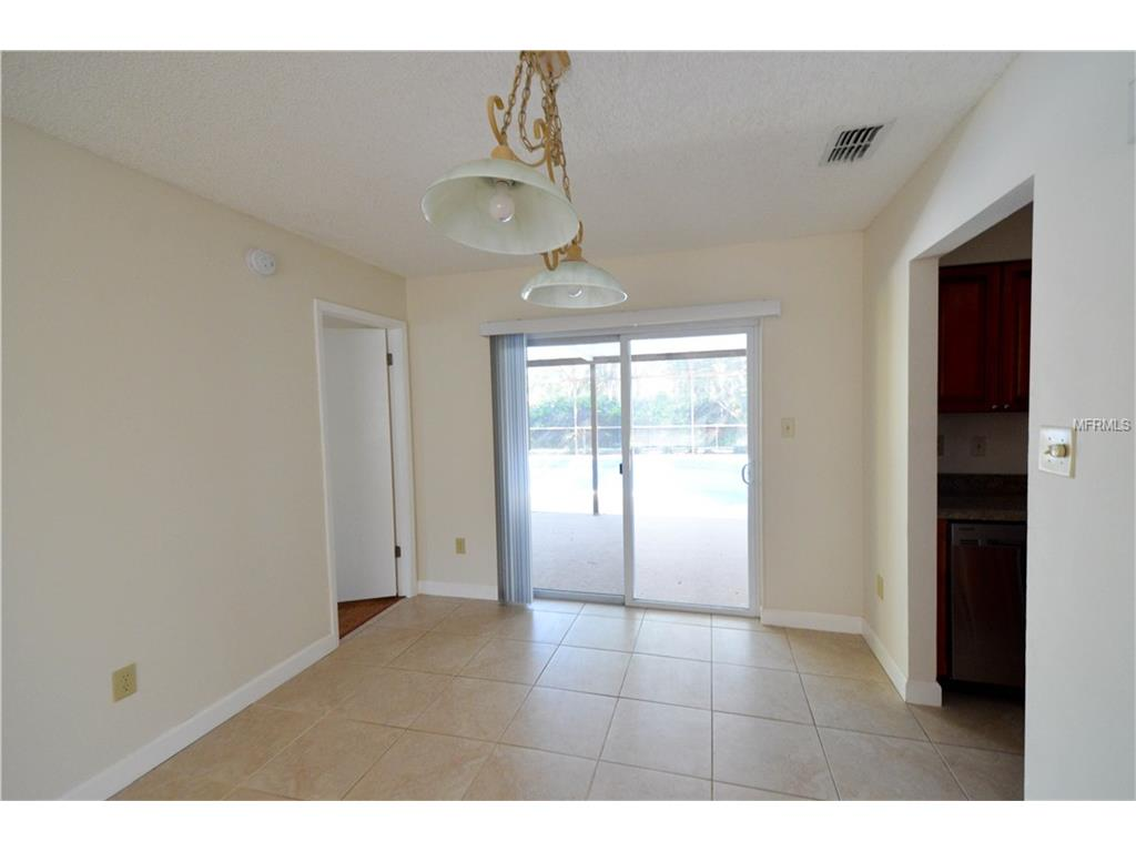 1202 Callista Ave, Valrico FL 33596