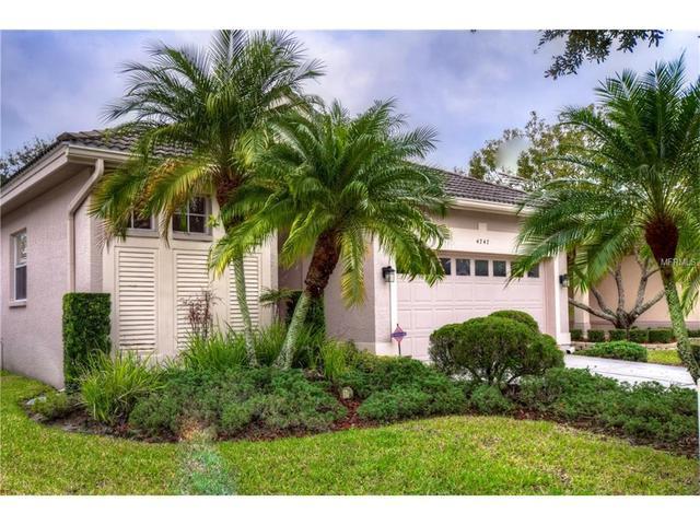 4747 Pebble Brook Dr, Oldsmar, FL