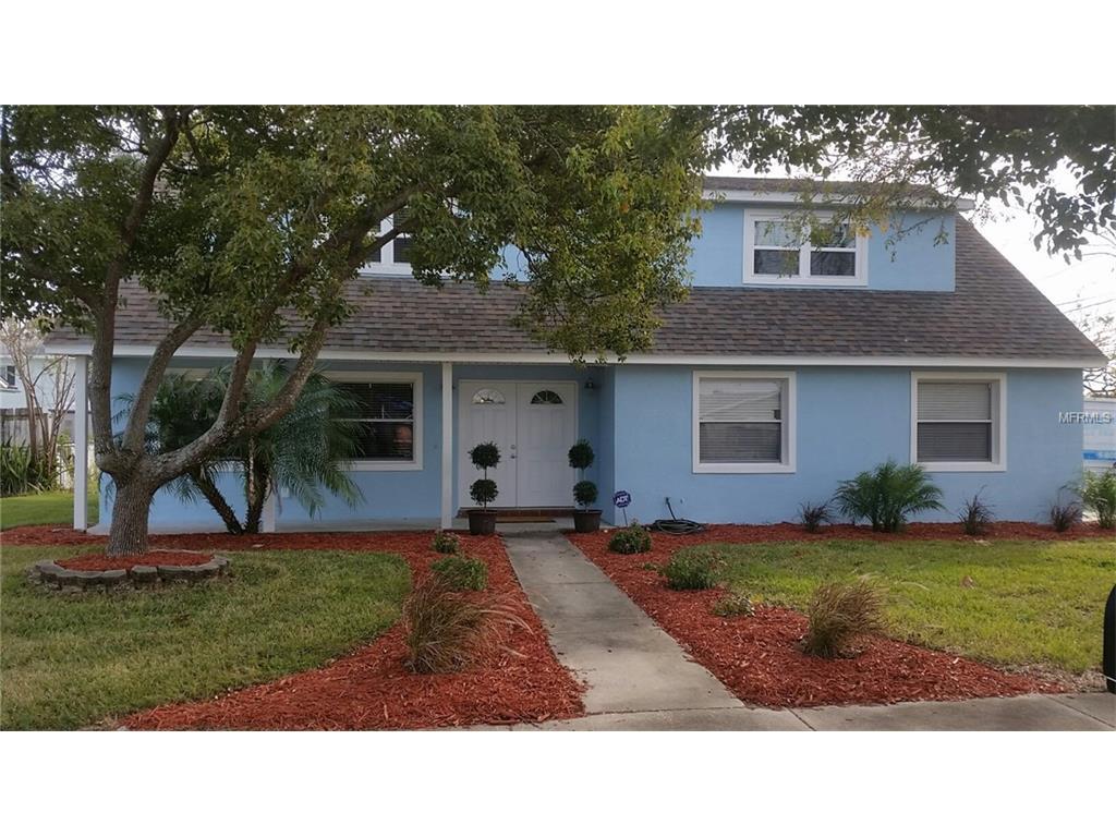 8439 Boxwood Dr, Tampa, FL