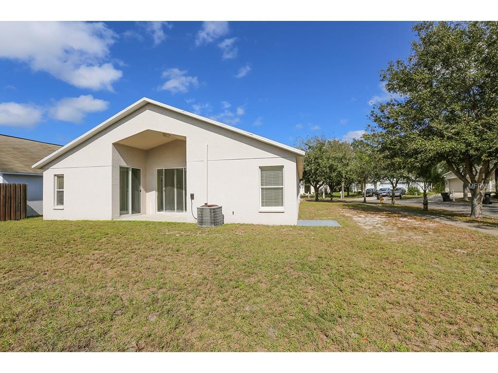 6947 Crown Lake Dr, Gibsonton FL 33534