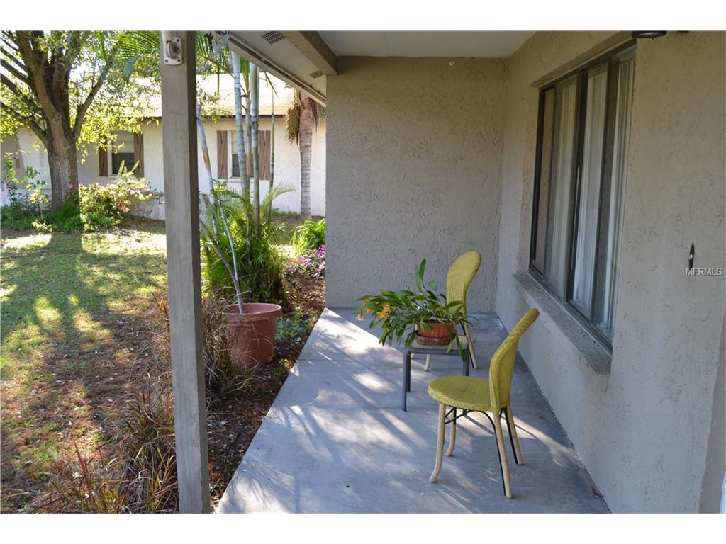 1227 Honeytree Lane E, Lakeland, FL 33801