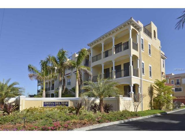 1452 Silvia Shores Dr, Apollo Beach, FL 33572