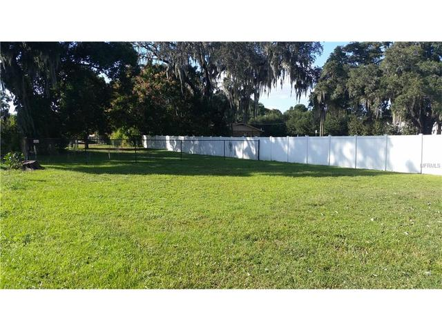 134 Edwards Ave, Brandon, FL 33510