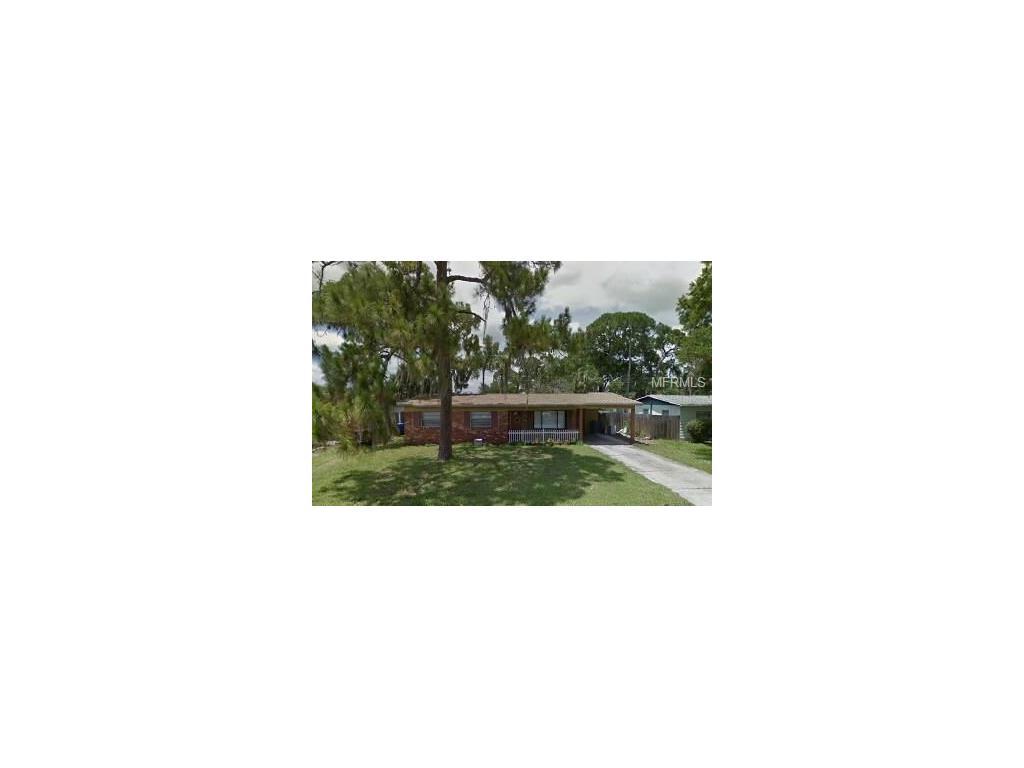 8211 Tanglewood Ln, Tampa, FL