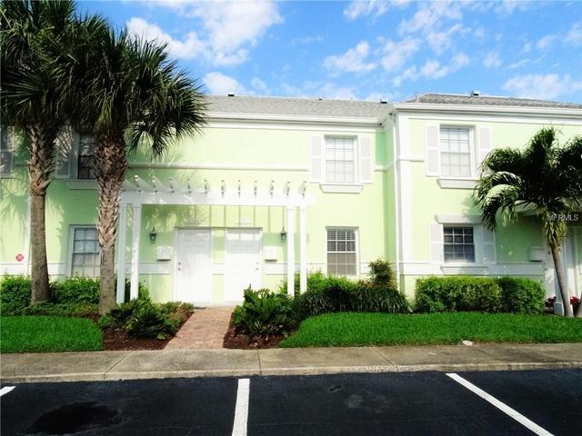 4761 Coquina Key Dr, Saint Petersburg, FL