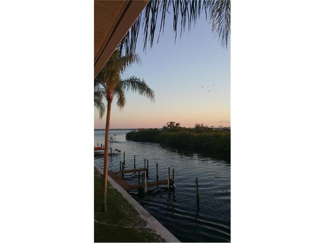 8819 Bay Pointe Dr #201, Tampa, FL 33615
