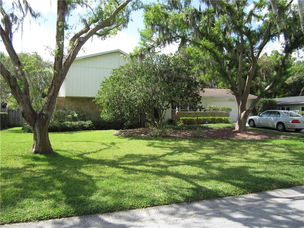 6727 Maybole Pl, Tampa, FL