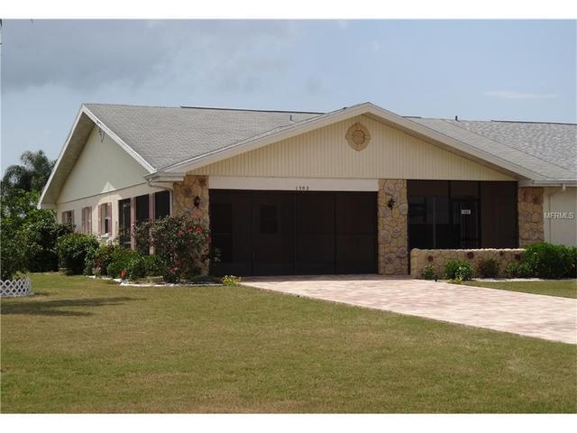 1302 Bluewater Dr, Sun City Center FL 33573