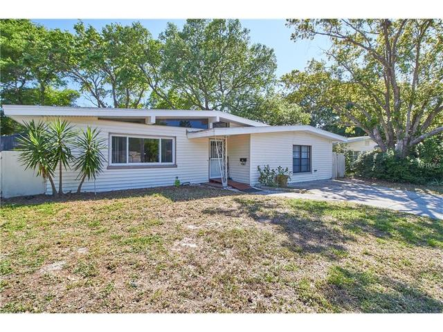 1569 Gentry St, Clearwater FL 33755