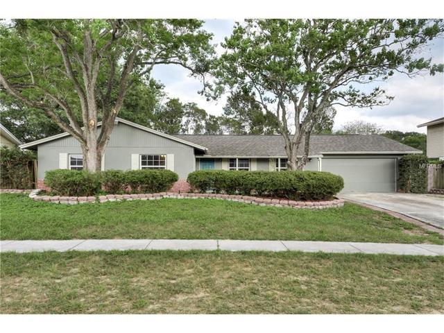 2205 Kingswood Ln, Brandon, FL