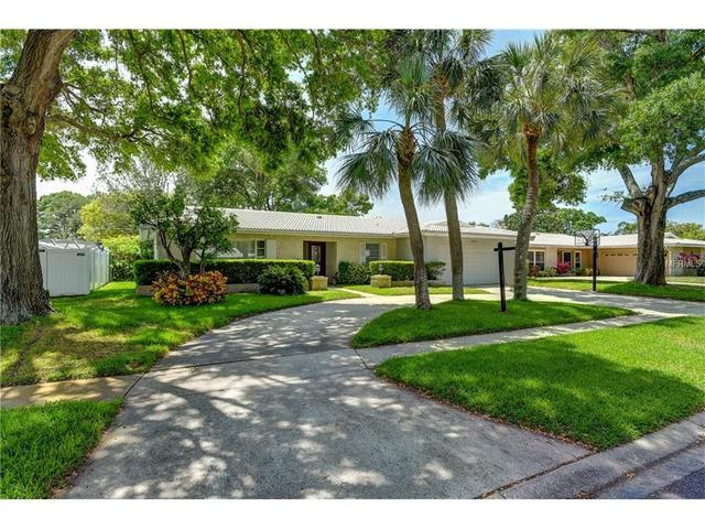 2031 Diplomat Dr, Clearwater, FL 33764