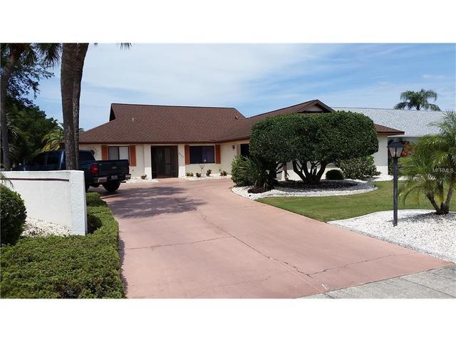 2025 El Rancho Dr, Sun City Center FL 33573
