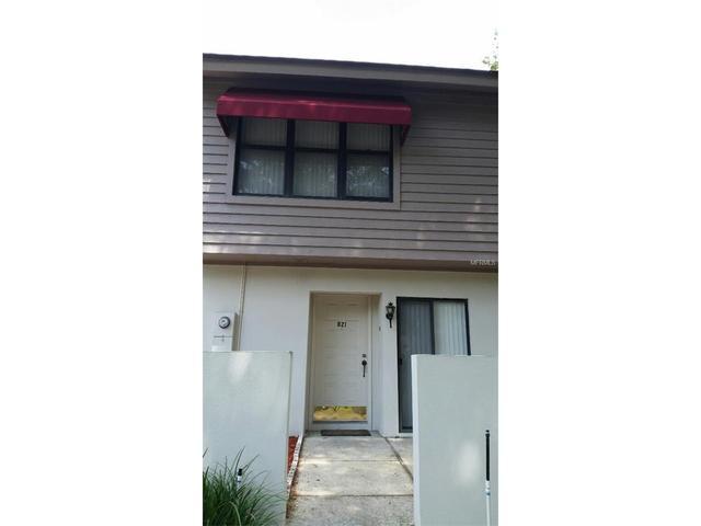 821 Oak Park Pl, Brandon, FL