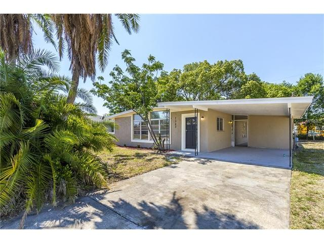 7323 Tangelo Ave, Port Richey, FL
