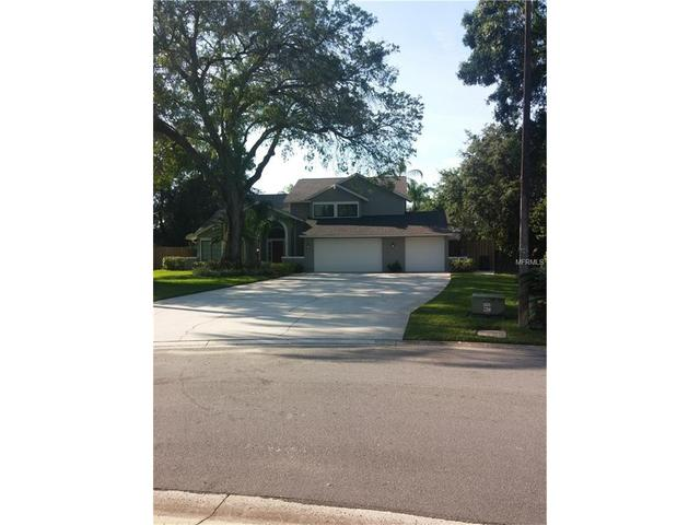 2712 Buckhorn Oaks Dr, Valrico FL 33594