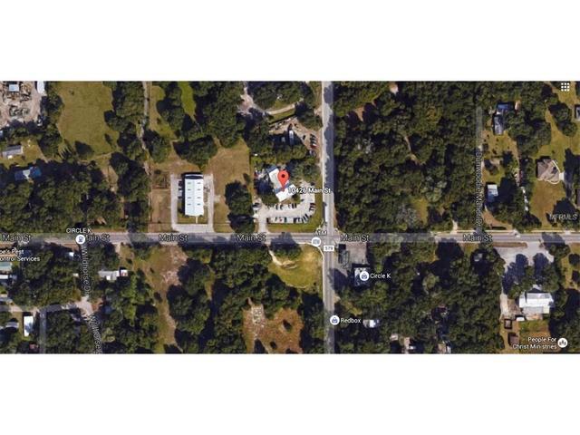 10426 Main St, Thonotosassa, FL 33592