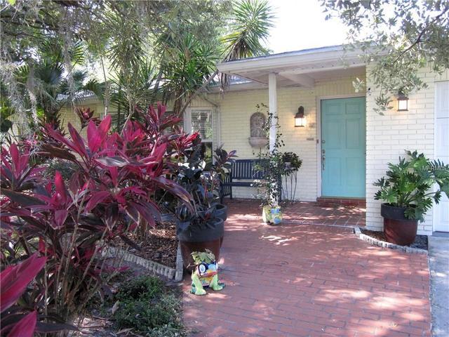 10434 Orange Grove Dr, Tampa FL 33618