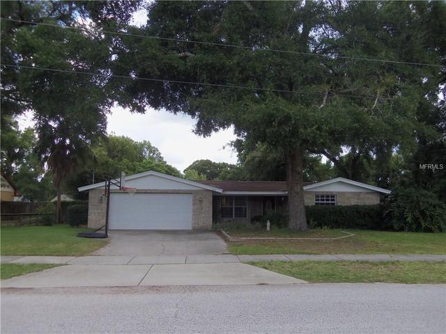 1512 W Palm Cir, Valrico, FL