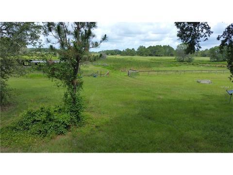 26733 Fields Farm Ln, Dade City, FL 33525